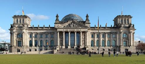 800px Berlin Reichstag West Panorama 2.jpg